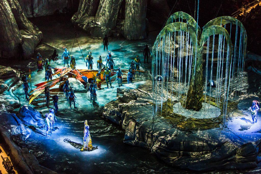 Photo: Jesse Faatz Costumes: Kym Barrett © 2015 Cirque du Soleil