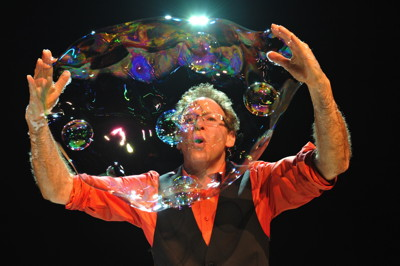 Amazing Bubble Man 1