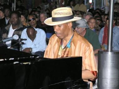 Larry Nash & the Jazz Symphonics.