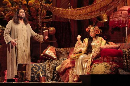 Placido Domingo and Nino Machaidze in Thais. (Photo: Robert Millard)