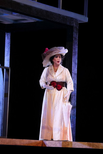 Soprano Veronica Villarroel as Florencia Grimaldi. (Photo: Craig T. Mathew / LA Opera)