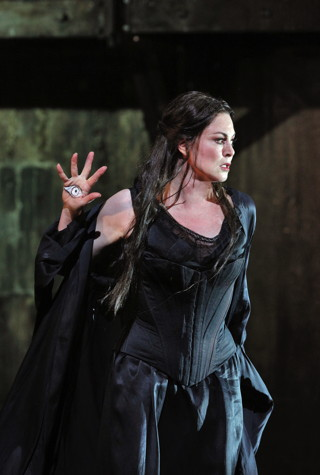 All photos ©Cory Weaver/San Francisco Opera.