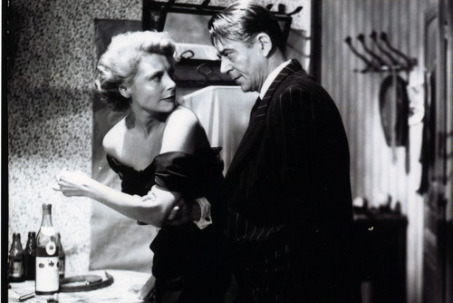 Marie Sabouret and Jean Servais in Jules Dassin's Rififi, 1955. Courtesy Rialto Pictures / Gaumont.